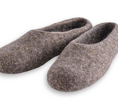 pantoffeln aus wolle grau handgemacht 4