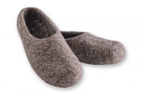 pantoffeln aus wolle grau handgemacht 3