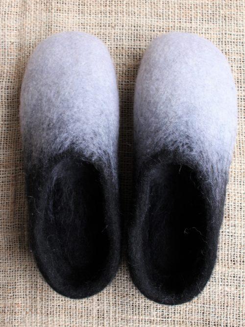 Filzhausschuhe schwarz-weiß mit Sohle 5
