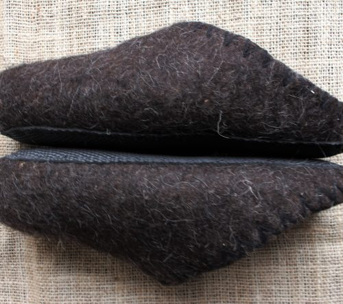 Handgemachte filzschuhe aus schafwolle 2