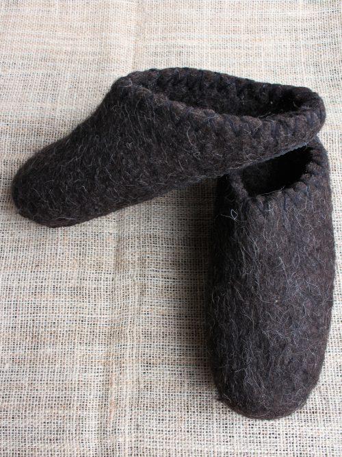 Handgemachte filzschuhe aus schafwolle 3