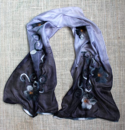 Seidenschal handgemacht grau lila mit blumen