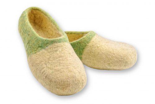 Grün gelbe filzschuhe aus wolle mit noppen 2