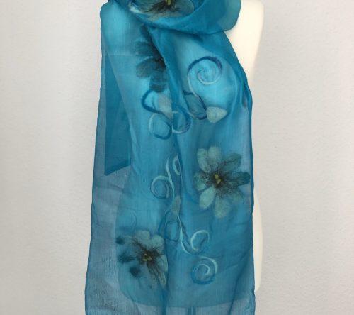 Seidenschal blau mit Blumen